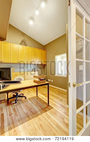 Office Room With Vaulted Ceiling And New Hardwood Floor