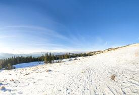 Winter Kukil Mount view (Ukraine)