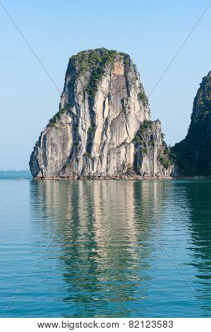 Ha Long Bay Cliff Vietnam
