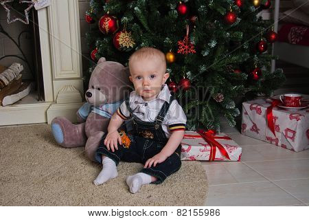 Baby Under The Christmas Tree