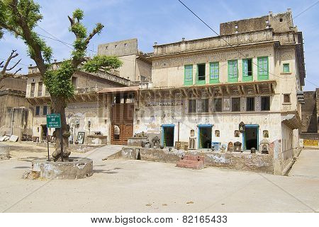 Exterior of the haveli in Mandawa, India.