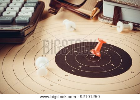 Calculate Target And Reach With Red Pin