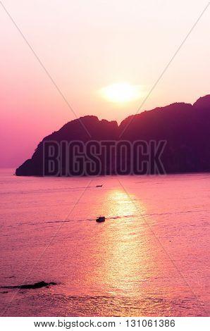 Idyllic Wallpaper Sunset Glow