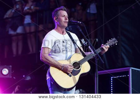 KISSIMMEE, FL-MAR 18: Singer Trevor Rosen of Old Dominion performs onstage at the Runaway Country Music Fest at Osceola Heritage Park on March 18, 2016 in Kissimmee, Florida.