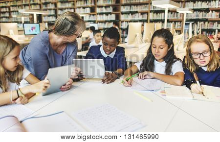 Teaching Studying Classroom Classmate Friend Concept
