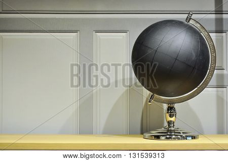 Black Globe Right Side View
