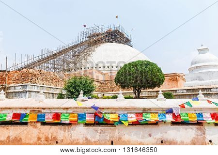 Boudhanath stupa under reconstruction after the earthquake
