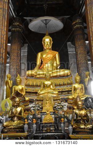 """Buddha image in """"Wat Yai Suwannaram"""", Thailand"""