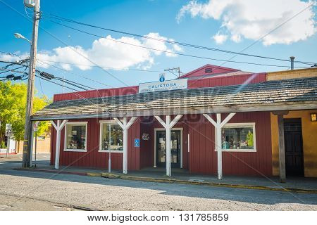 Calistoga, Ca, Eua - March 25 2016: Building On The Streets Of Historic Calistoga Is A Popular Touri