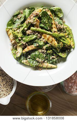 Avocado, Broccoli, Spinach & Quinoa Salad