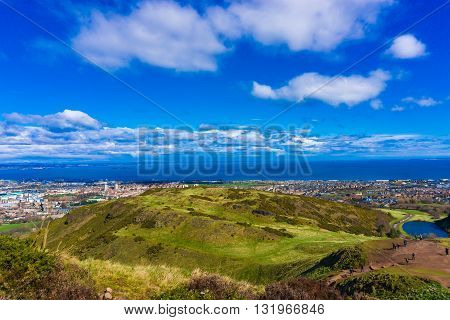 Edinburgh Mountain Green Grass Skyline