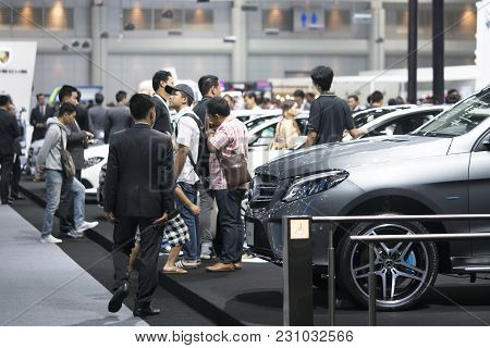 Bangkok-thailand-3 December 2017: Image Of People In Cars Exhibition Show At Motor Show Muangthong 2