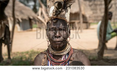 Omo Valley, Ethiopia, September 2017: Portrait Of Unidentified Karo Tribe Woman In Colcho, Omo Valle