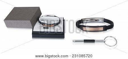 Exclusive Gift Set Of Stainless Steel Key Ring And Hand Bracelet To Make A Stunning Addition To Male