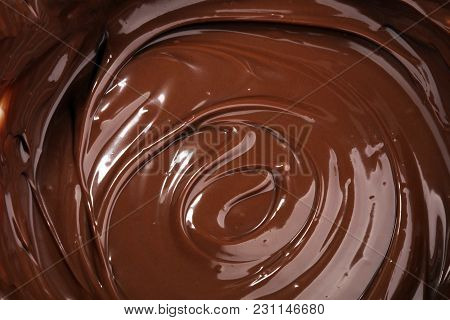 Melting Chocolate, Melted Delicious Chocolate For Praline Icing Confectionery