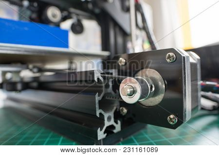 homemade 3D printer to print plastic prototypes