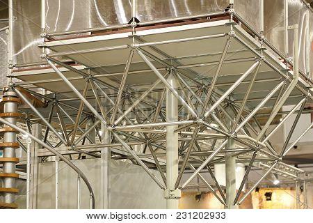 Steel Support Column Temporary Structure Pillar Platform
