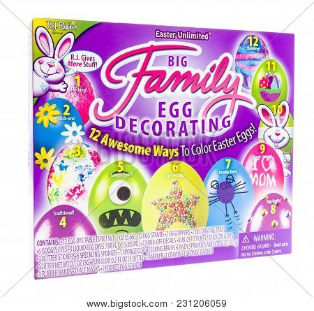Winneconne, Wi - 7 March 2018: A Box Of A Easter Unlimited Big Family Egg Ecorating Kit On An Isolat