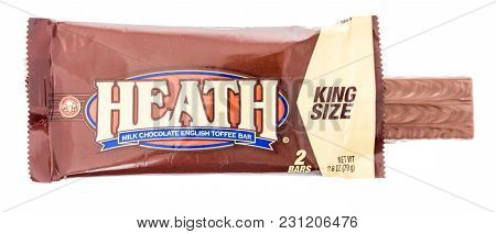Winneconne, Wi - 9 March 2018: A Heath King Size Candy Bar On An Isolated Background.