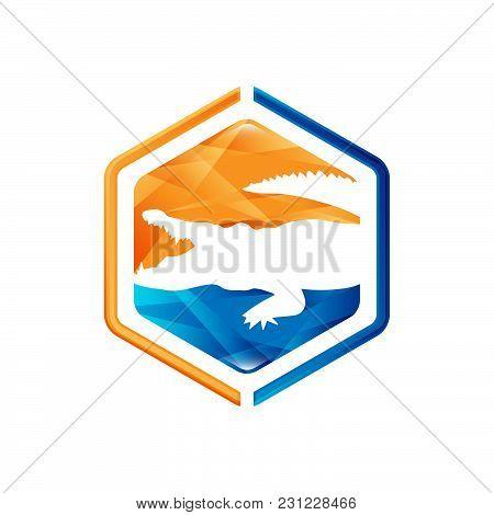 Animals Negative Space Style Design. Crocodile Negative Style Logo Vector.