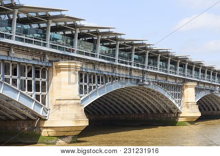 Blackfriars Railway Bridge On The River Thames, London, United Kingdom