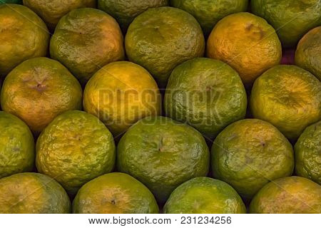 Display Pattern Of Oranges Made Available That Can Be Used As Textures Or Backdrops Etc