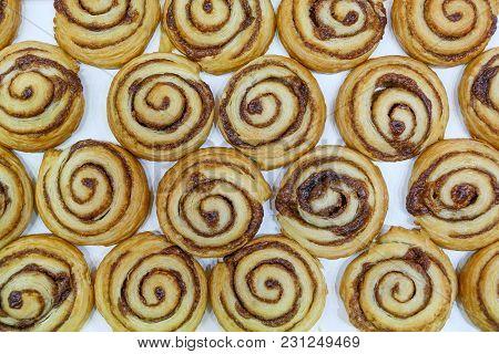 Buns With Baked Bun Cinnamon