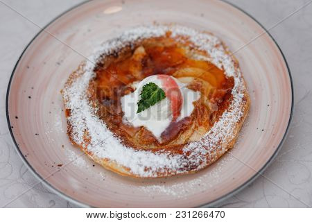 Apple Pie On The Plate With Vanilla Ice Cream. Restaurant Food. Traditional Desert. Cooking At Home.