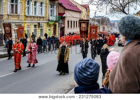 Uzhgorod, Ukraine - March 11, 2018: Procession Believers During The Cross March Marking The Venerati
