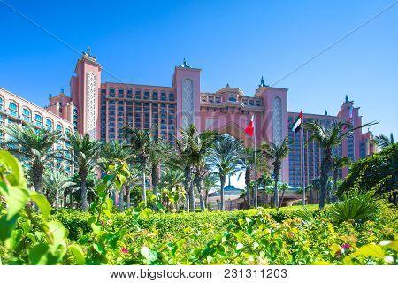 Dubai, Uae - November 03, 2017: Resort Hotel On Palm Island In Dubai. Atlantis The Palm Hotel In Sum
