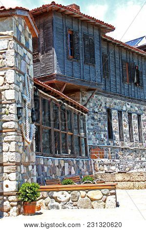 Sozopol, Bulgaria - 12 July 2015: Typical Nesebar Houses And Souvenir Shops In The Old Town