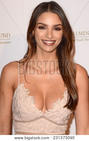 LOS ANGELES - MAR 13:  Nadia Gray at the Fulfillment Fund Gala at Dolby Theater on March 13, 2018 in Los Angeles, CA