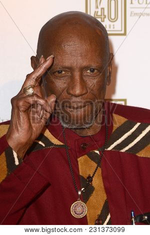 LOS ANGELES - MAR 13:  Louis Gossett Jr. at the Fulfillment Fund Gala at Dolby Theater on March 13, 2018 in Los Angeles, CA