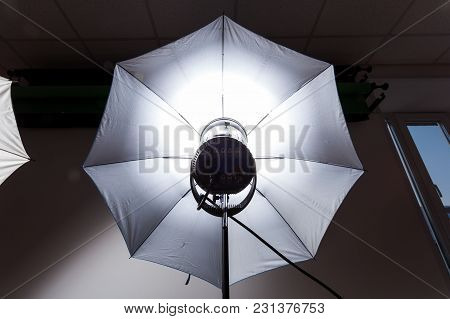 Studio Light For Photography