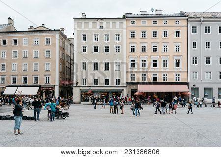 Salzburg, Austria - August 6, 2017: Residenzplatz In Salzburg A Cloudy Day