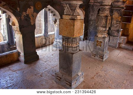 Pillars Of The Step Well Balcony, Bara Motachi Vihir, Maharastra, India