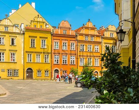 Warsaw, Poland - June 29, 2013: Warsaw Postcard. The Ancient Houses Restored In The Old Town Or Star