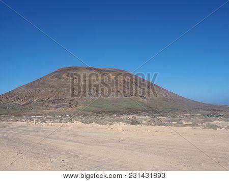 Agujas Grandes Volcano With Unusual Coloured Rock Strata, La Graciosa, Canary Islands