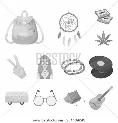Happy And Attribute Monochrome Icons In Set Collection For Design. Happy And Accessories Vector Symb
