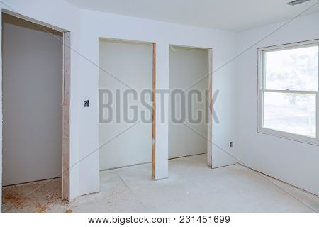 Interior Construction Of Housing Construction Building Industry New Home Construction Interior Drywa