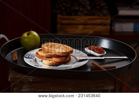 Toasts With Apple Jam