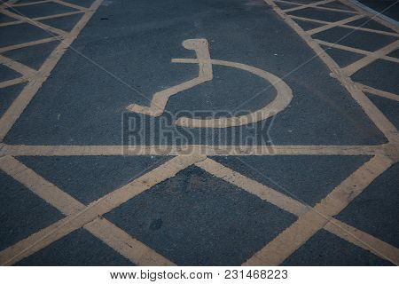 Handicapped Disabled Icon Sign On Parking Area In Car Park .