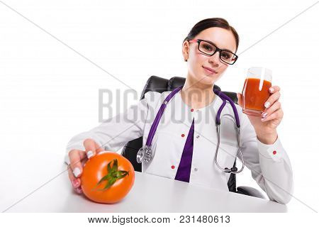 Portrait Of Young Attractive Caucasian Brunette Positive Friendly Smiling Woman Nutritionist Sitting