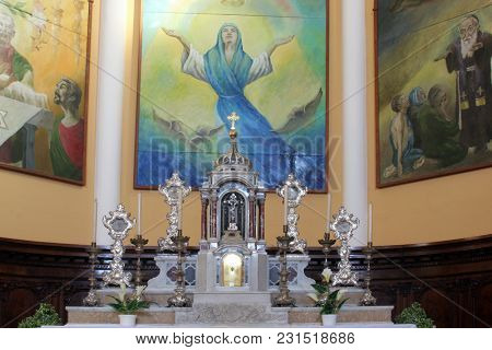 SMOKVICA, CROATIA - MARCH 21: Main altar of the Church of Blessed Virgin of Purification in Smokvica, Korcula island, Croatia, on March 21, 2017.