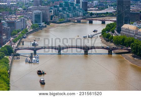 Lambeth Bridge Across River Thames, London, England