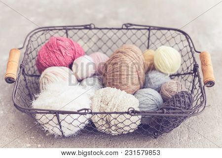 Metal Basket, Concrete Background, Coil Wool, Yarn