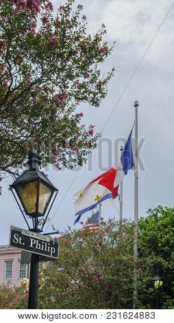 New Orleans, Usa - Aug 20, 2017: Sign On Lamp Post Indicating St. Philip Street (french Quarter), Wi