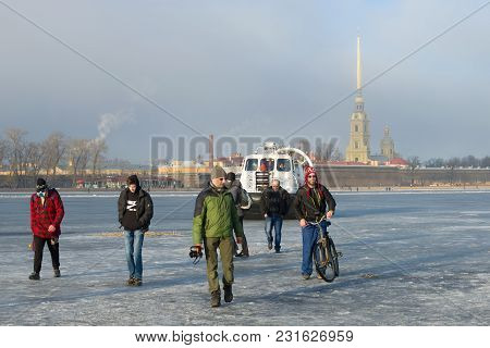 Saint Petersburg, Russia - March 12, 2017: Employees Of Emercom Of Russia On Khivus-20 Rescue Ship E