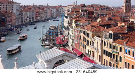 Venice Italy Grand Canal And Rialto Bridge With Many Boats From An Unusual View