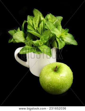 Green concept  - mint and apple